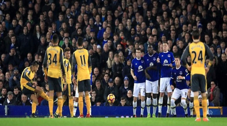 Arsenal Gagal Goodison Park