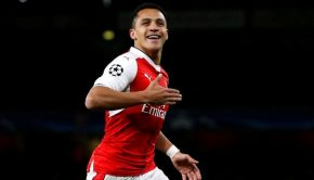 Sanchez Dipertahankan Arsenal