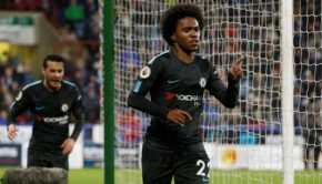 Willian Menetap Chelsea