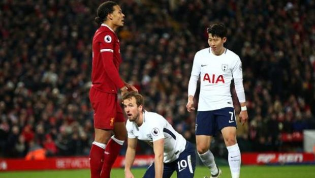 Van Dijk, Harry Kane Tukang Diving