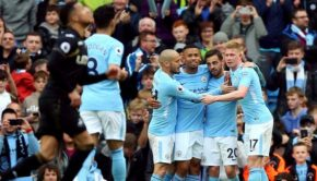 Lawan Swansea, City Pesta Gol